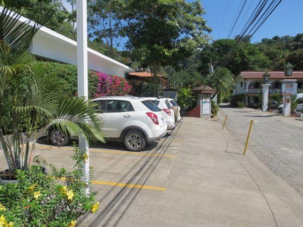 Hotel close to the park, Manuel Antonio