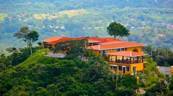 Atenas  Resort