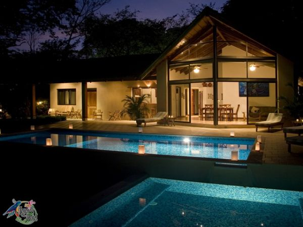 Wonderful hotel for sale in Carrillo Beach